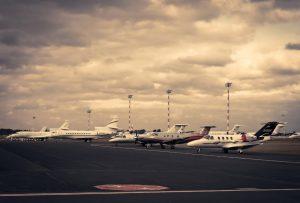 businessmen rent private jet