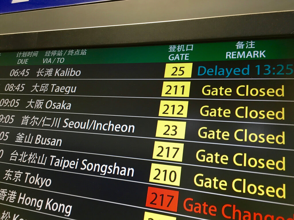 delayed cancelled flights