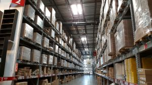 leasing vs buying warehouse