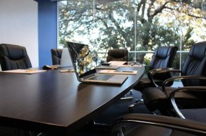 remote meeting determine right conference calling services business