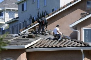 why hire roofing contractor