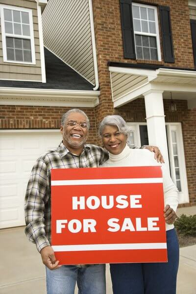 selling home to potential buyers